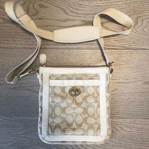 white coach small crossbody bag